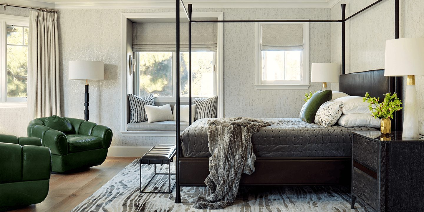 bodi-tree-four-poster-bed-in-room-with-green-chair-by-adam-hunter